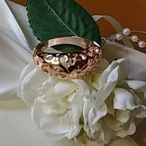 Jewelry - Rose Gold Plated Ring
